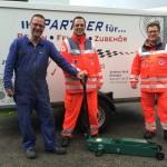 Andreas Burk spendet Wagenheber für Einsatzfahrzeuge