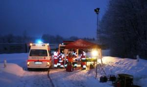 Einsatz bei starkem Wintereinbruch auf A45: Versorgung der Autofahrer und Einsatzkräfte mit Heißgetränken. Foto: Holger Busch, DRK Meinerzhagen