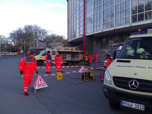 Einsatz bei Bombenentschärfung in Dortmund: Unterbringung von Anwohnern aus der Evakuierungszone während der Entschärfungsphase.